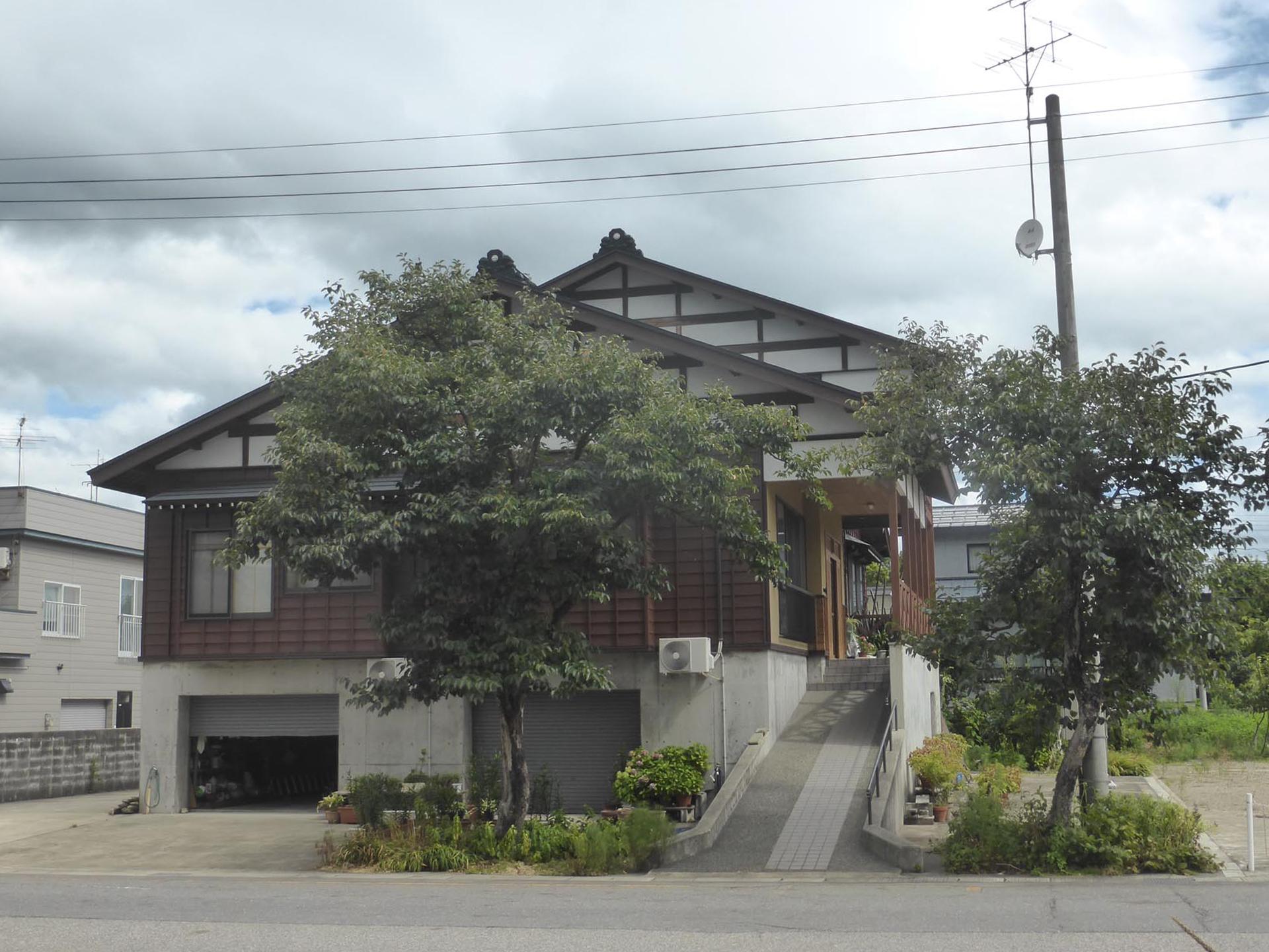 小坂町 K邸
