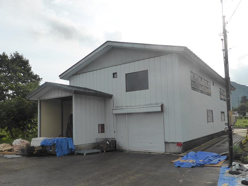 Q倉庫兼事務所