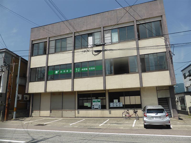 駅前ビル 1階(テナント)